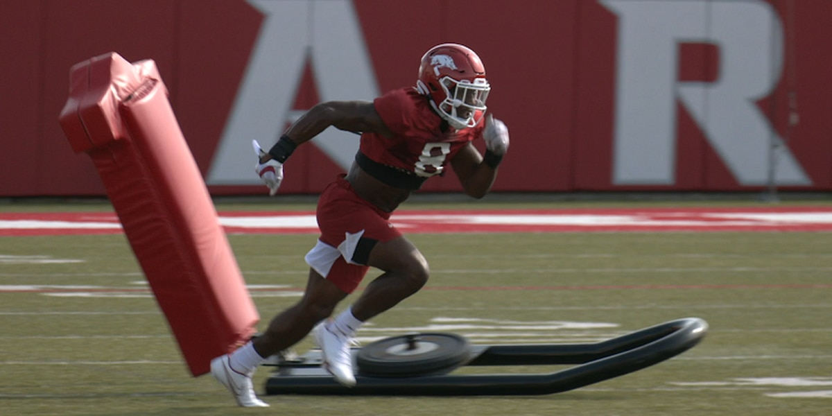 Jerry Jacobs faring well at Razorback fall camp