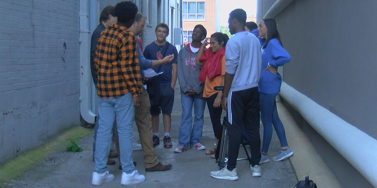Region 8 high school students serve community