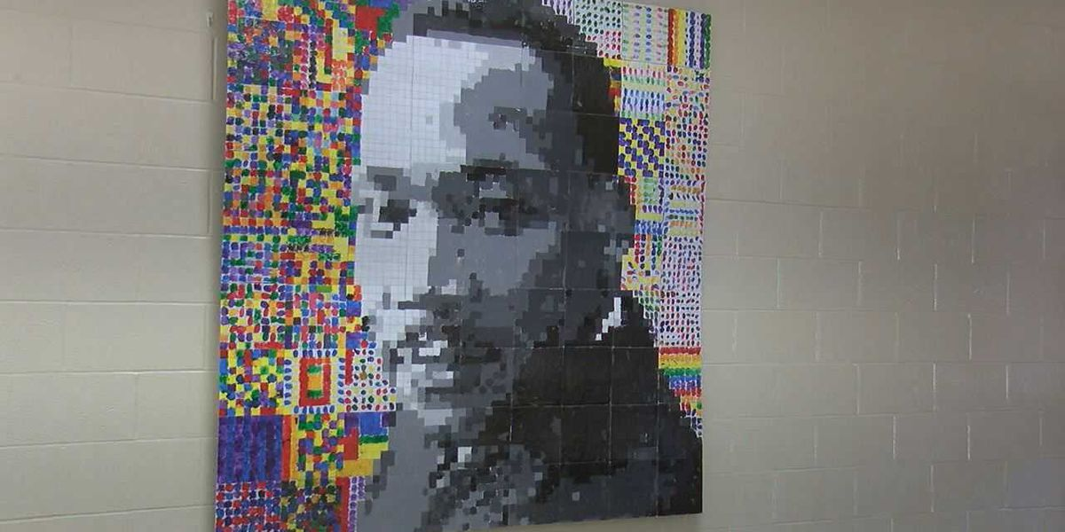 Students create portrait of MLK for Black History Month