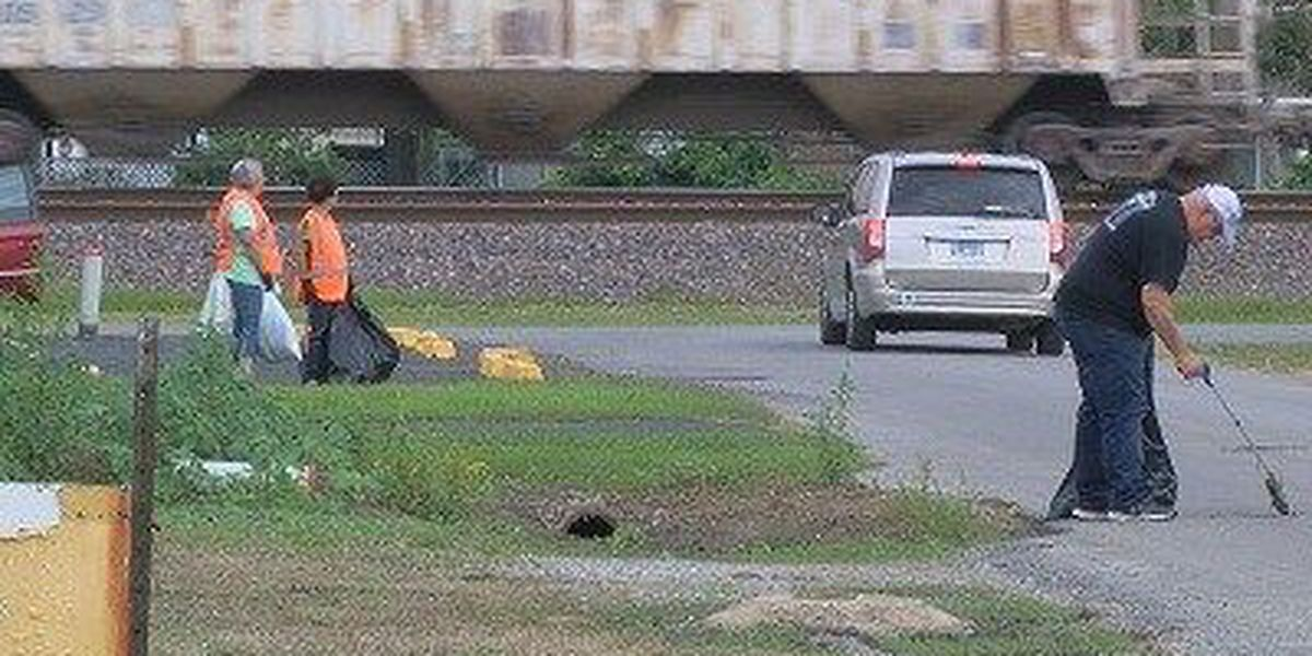 Hoxie holds community cleanup