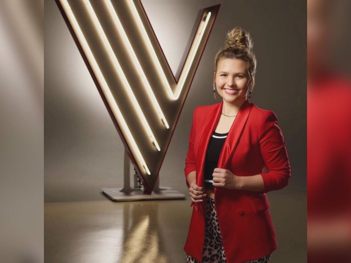 Marybeth Byrd sings for a spot in the finals of The Voice
