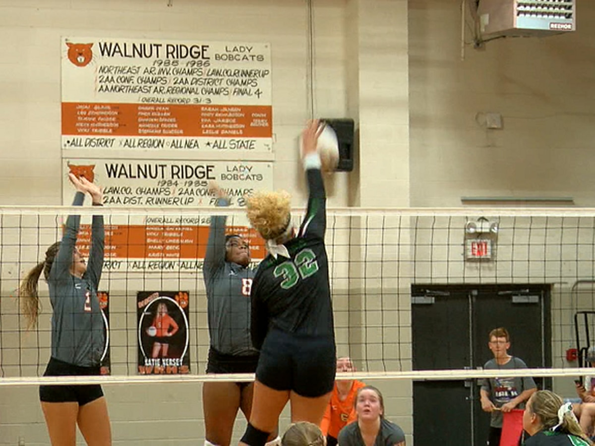 Hoxie volleyball beats rival Walnut Ridge to move to 14-0