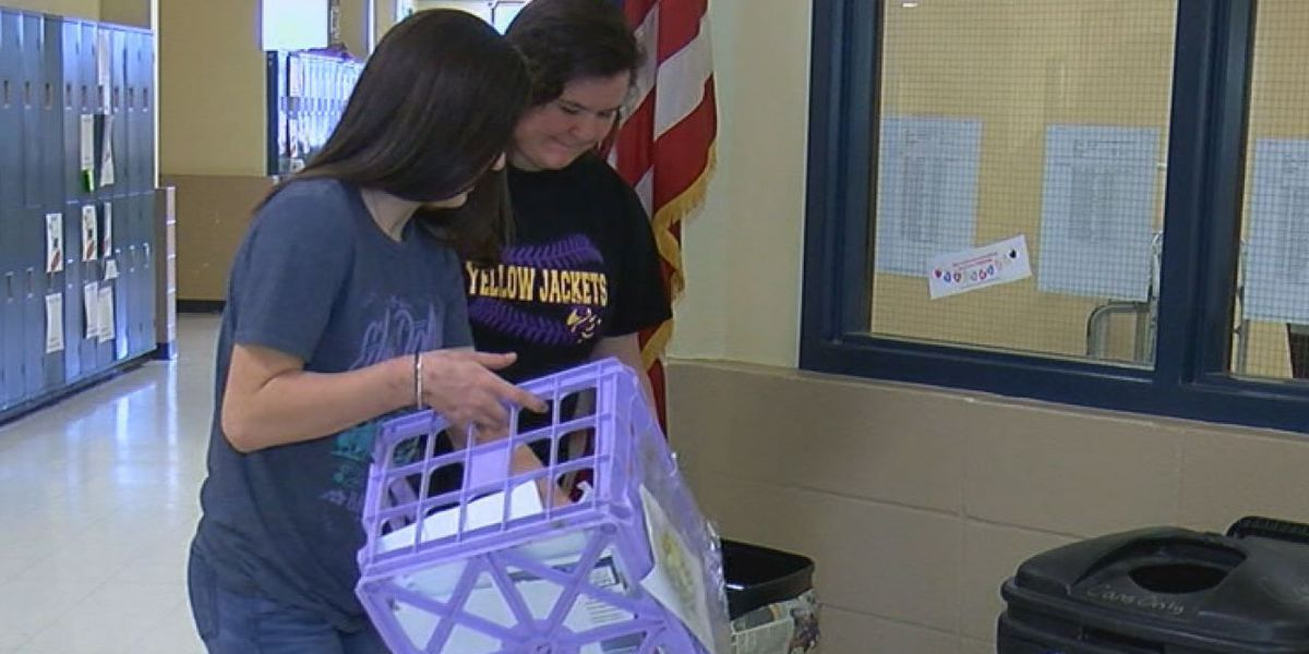 Students inspire community to recycle
