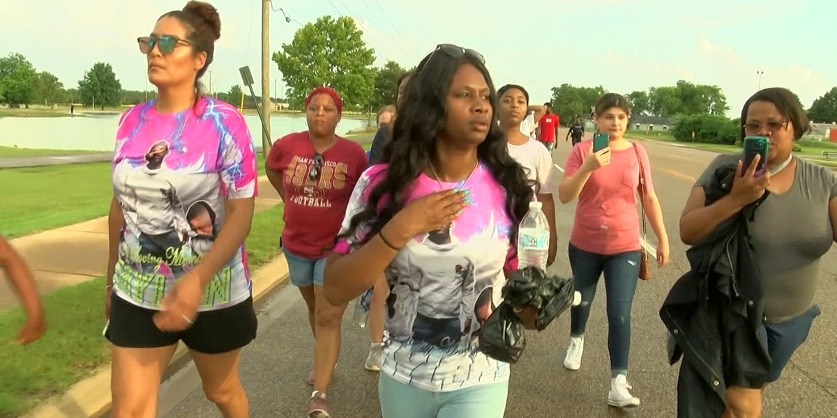 Community gathers in honor of slain West Memphis teen