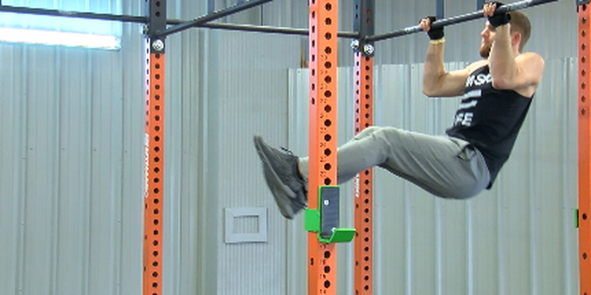Arkansas State University student fails to get past first obstacle on American Ninja Warrior