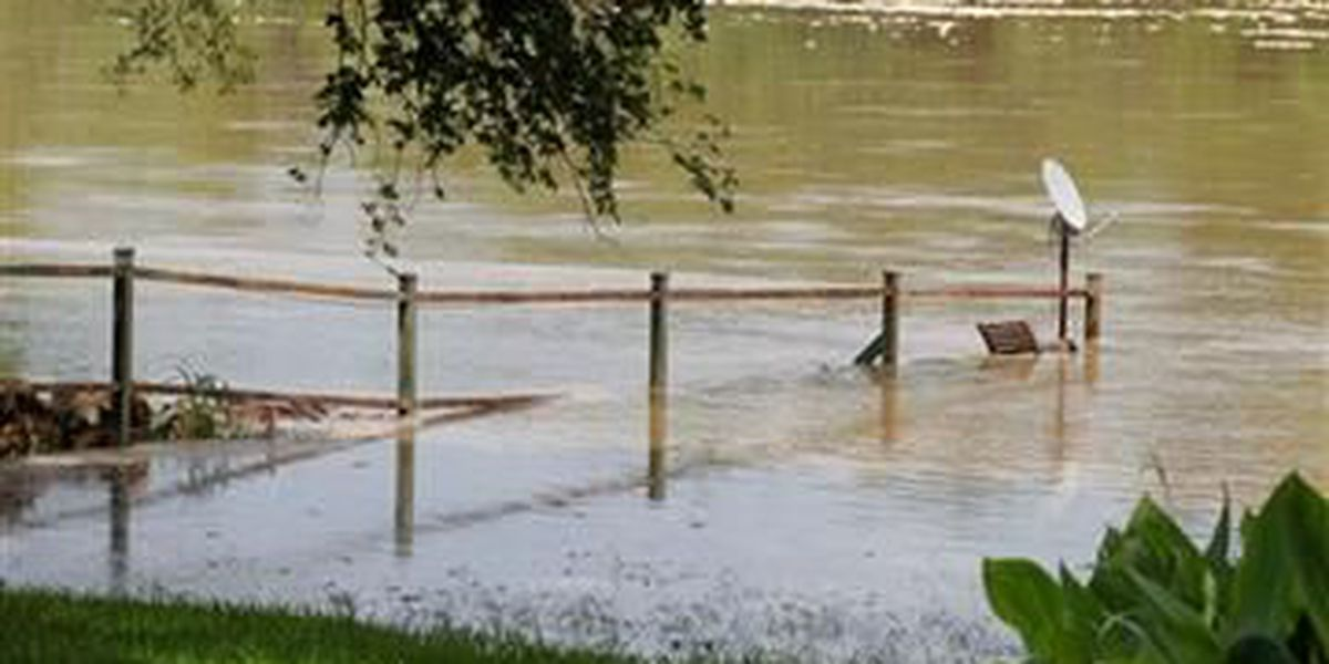 HAPPENING NOW: Swollen rivers cause TX cities to worry about flooding