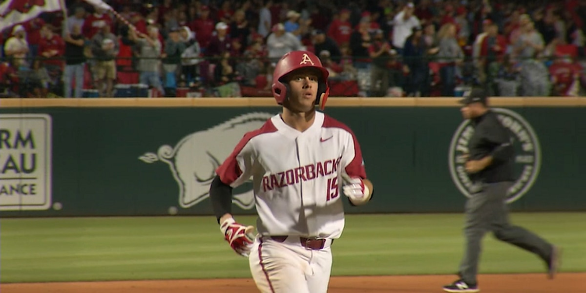 Arkansas SS Casey Martin signs with Phillies