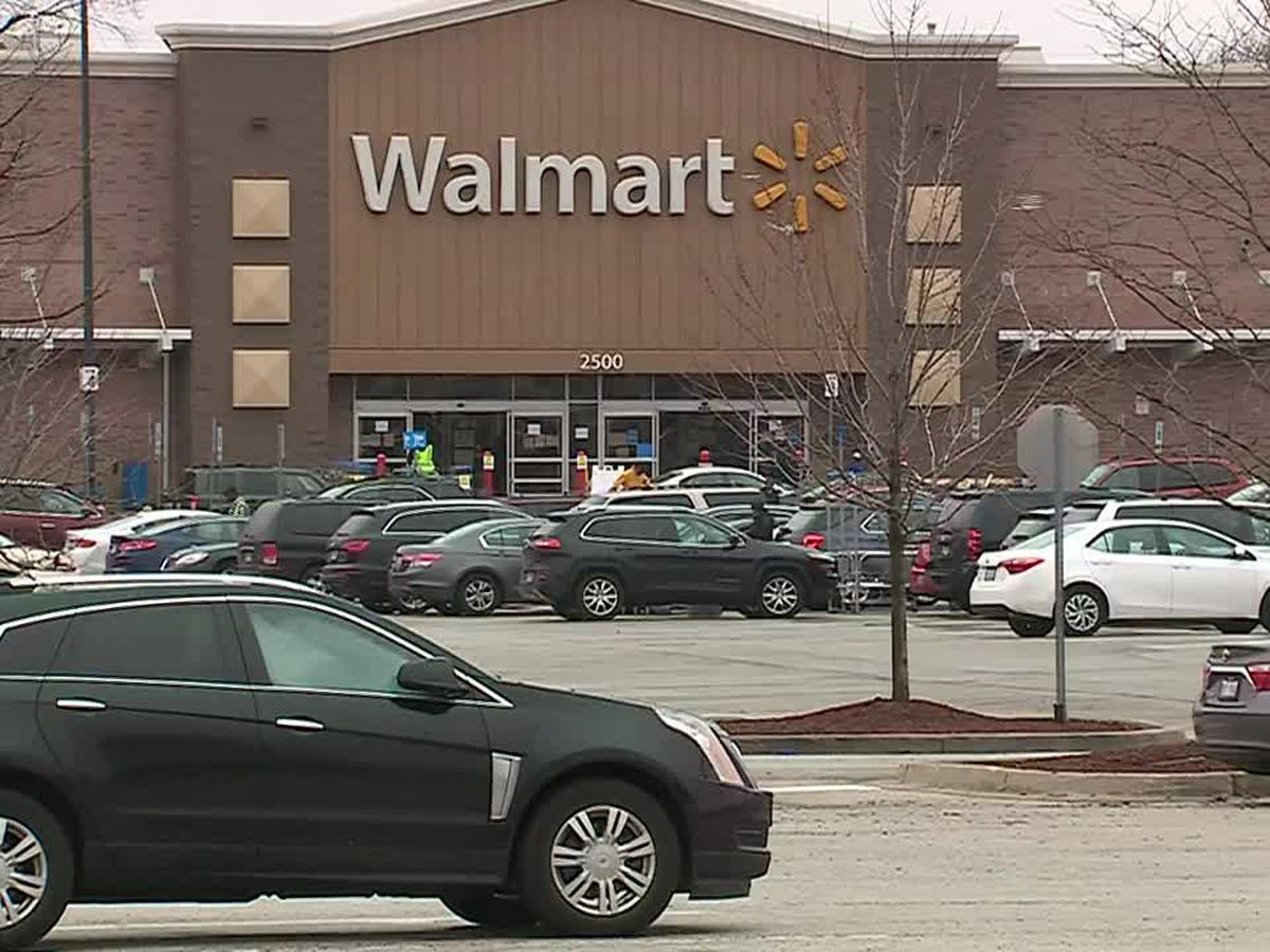 Walmart workers die from coronavirus in Ill.