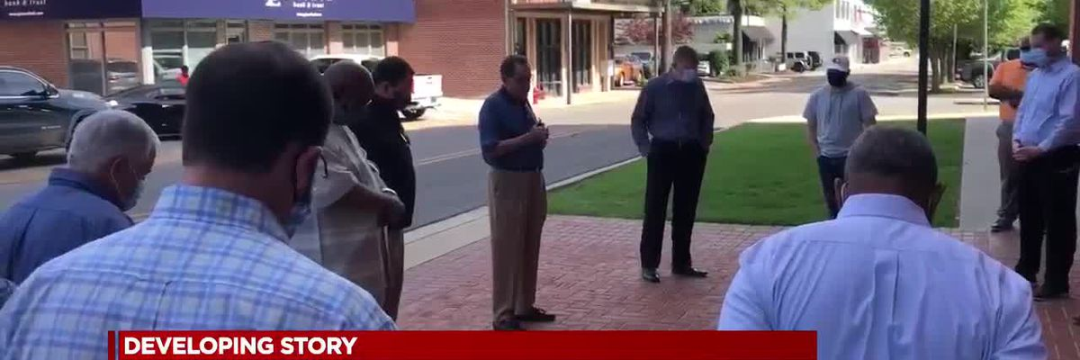 Jonesboro holds prayer meeting with area pastors