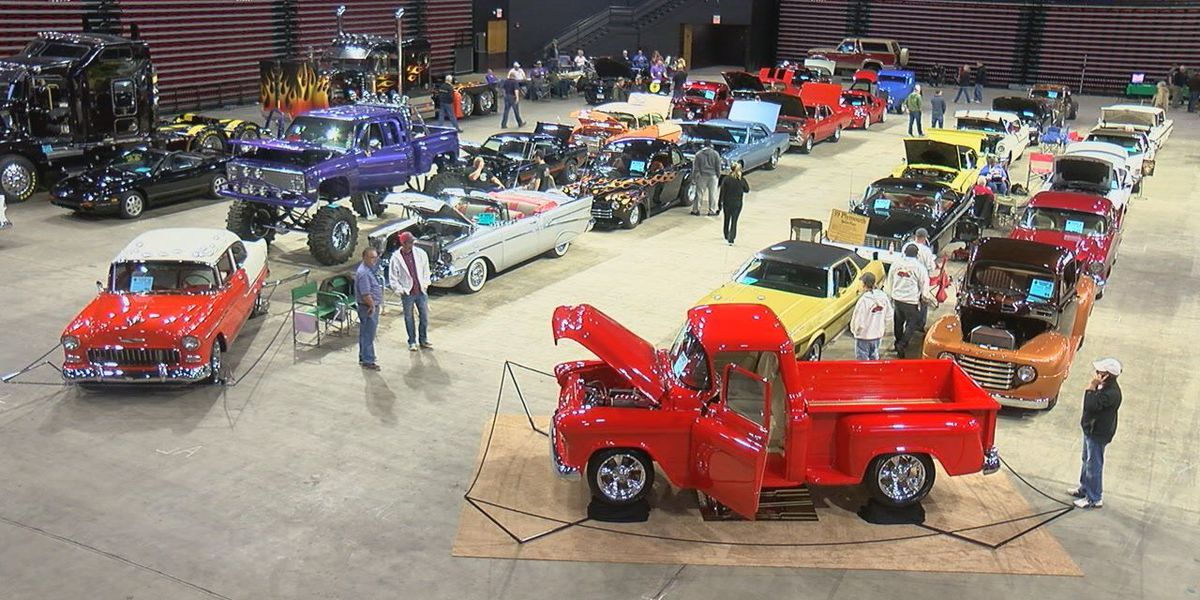 Auto show helps fund vision care for those in need