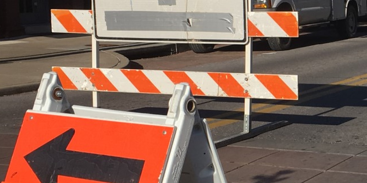 Sinkhole closes portion of road in Portageville, Mo.