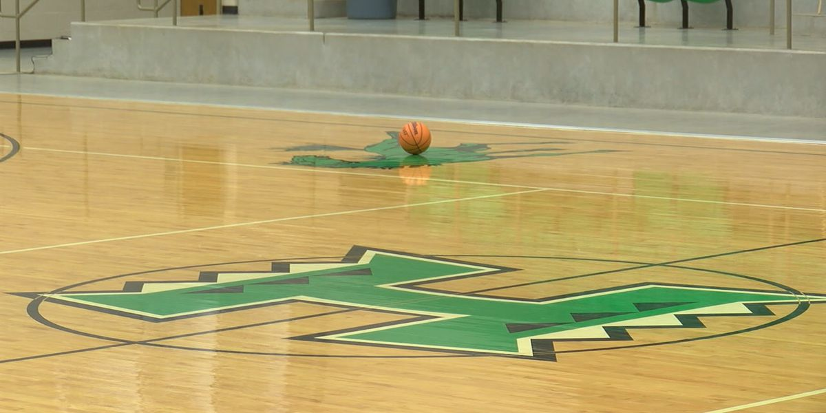 Hoxie Lady Mustangs succeeding amid COVID, small roster