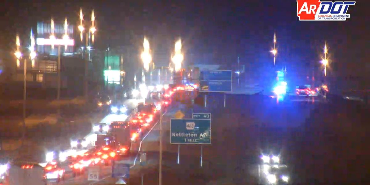 Crews clear crash delaying evening commute on I-555