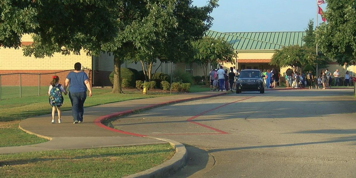 Parents, students express mixed emotions headed back to school