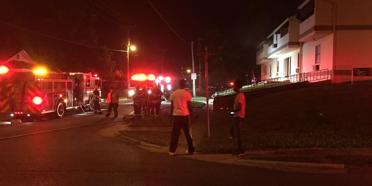 Crews respond to cooking fire at apartment