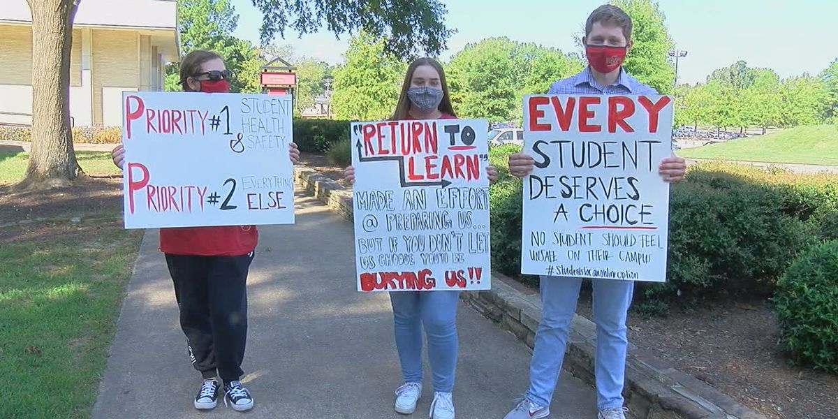 A-State students protest for online class option