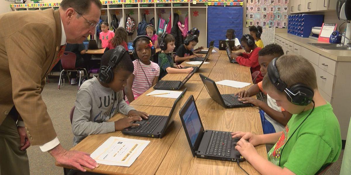 600 students participate in computer coding movement