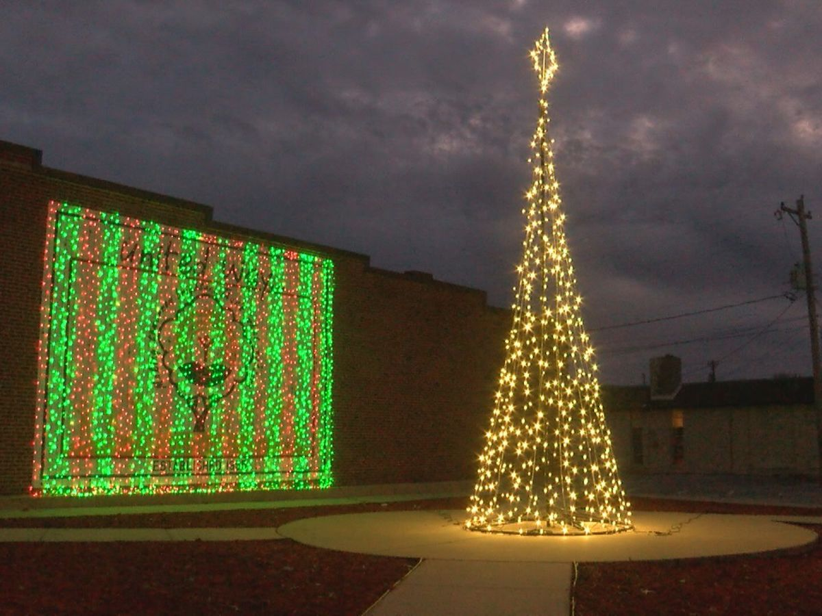 New Christmas tradition kicked off in Jonesboro