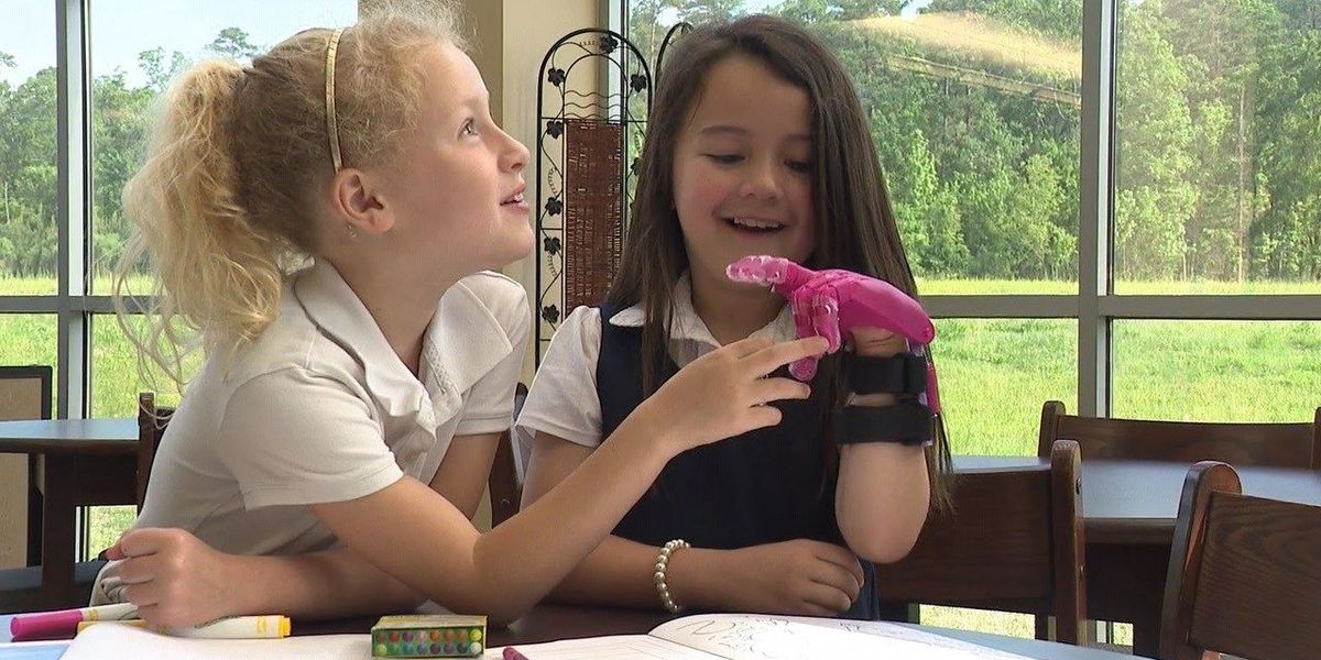 Little Rock student creates prosthetic hand for fellow student