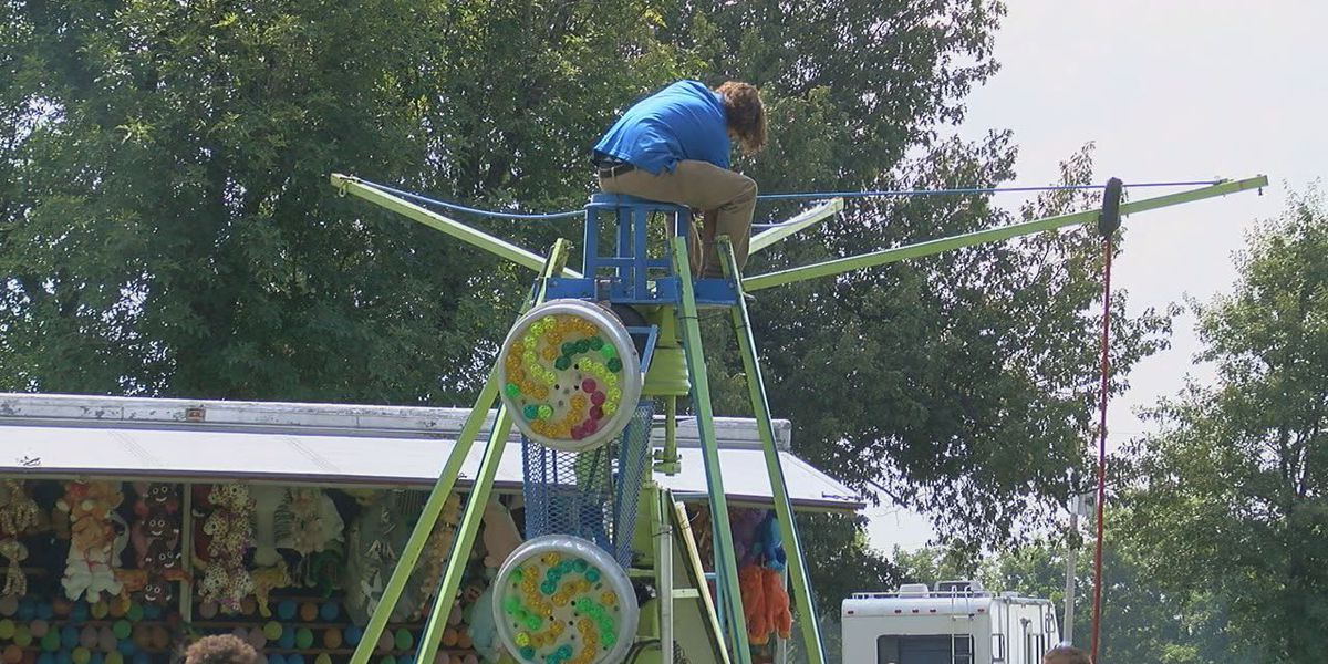 Rector has to downsize carnival during Labor Day celebrations