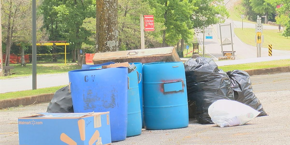 Trash collection ordinance presented, not voted on at Cherokee Village meeting