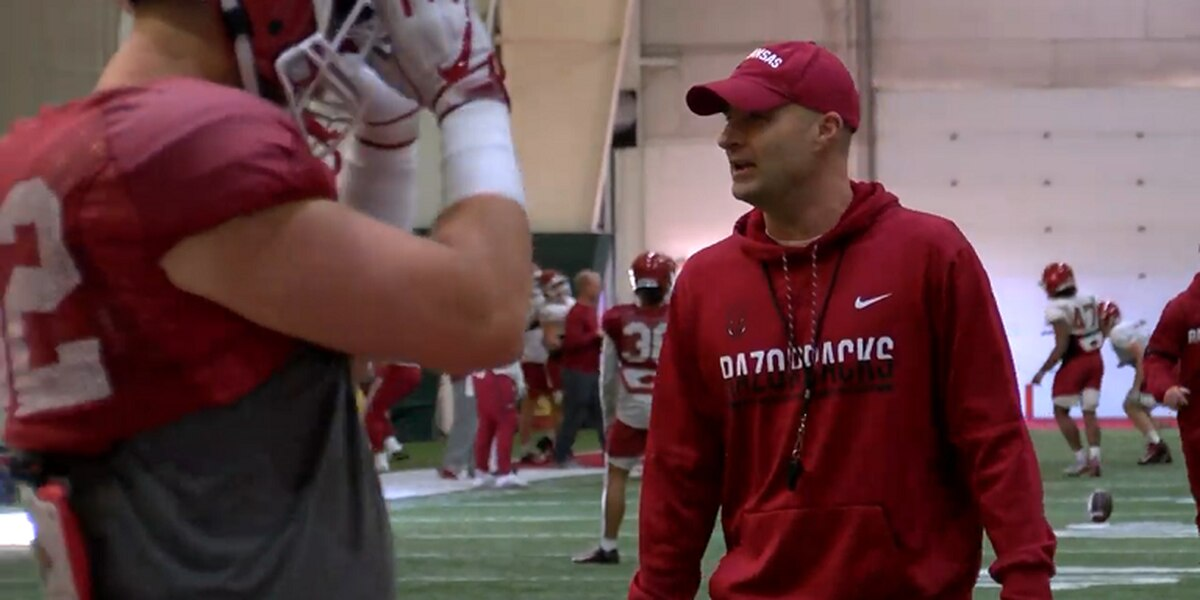 Arkansas football continues practice under Barry Lunney Jr.