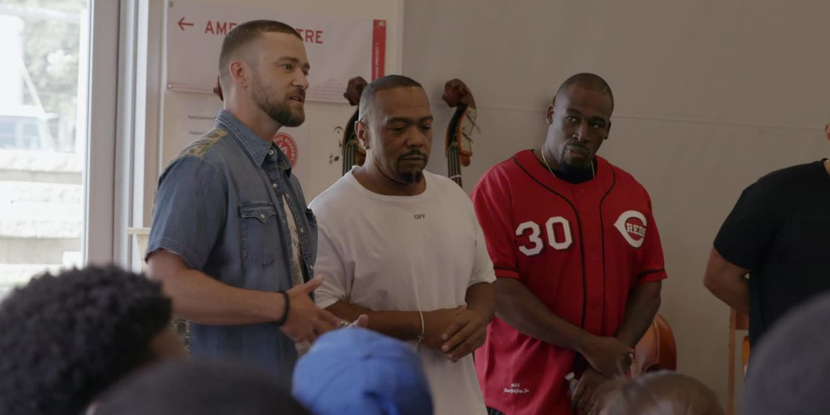 Justin Timberlake and friends surprise Stax Music Academy students, donate state-of-the-art song lab