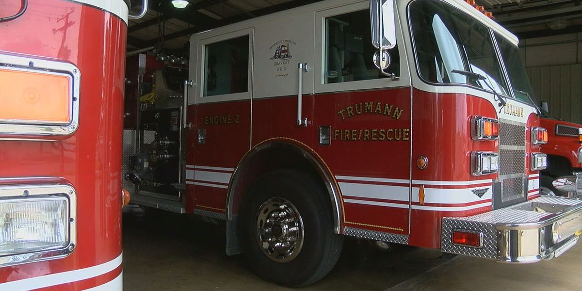 VIDEO: Trumann firefighters, paramedics work to rescue animal in structure fire