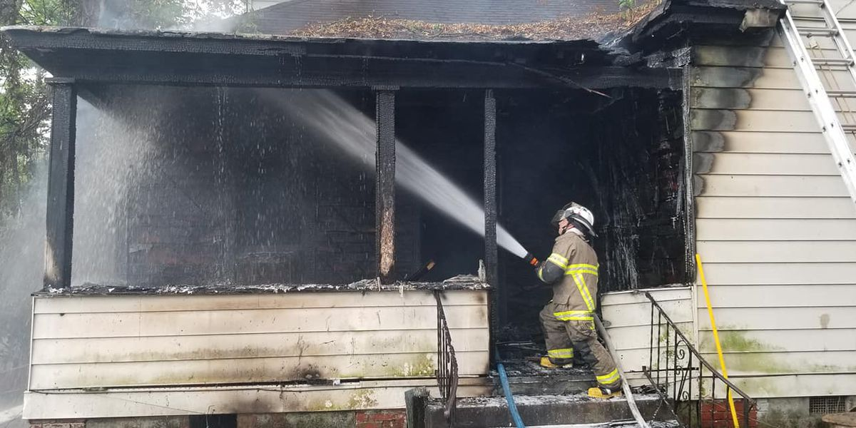 Osceola FD responds to house fire on E. Hale