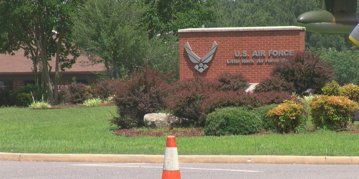 Immigrant children could be housed at Little Rock Air Force Base