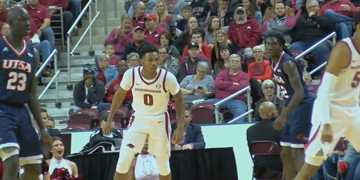 Hogs deliver win over UTSA in Little Rock