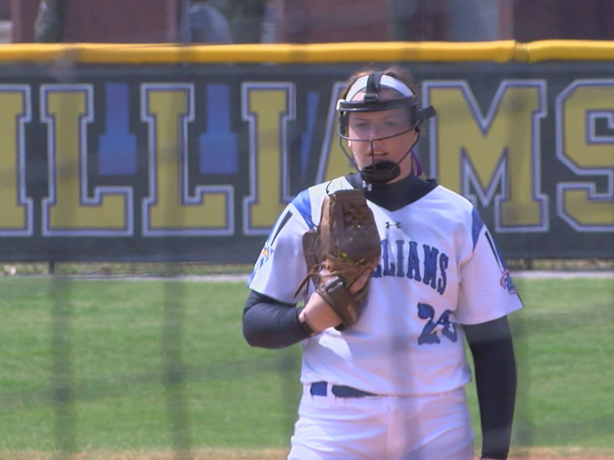 Williams Baptist softball splits doubleheader with #22 Freed-Hardeman