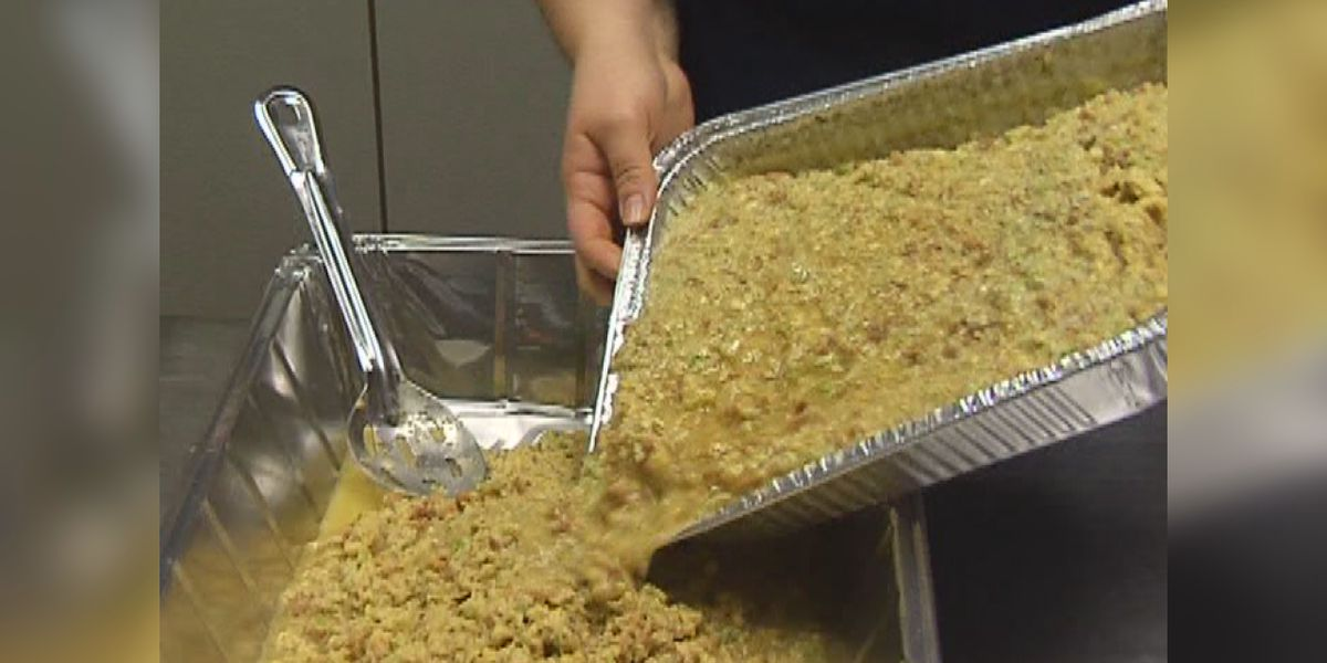 Senior citizens calling for canceled Thanksgiving meals