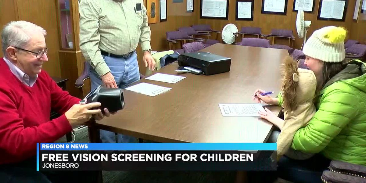 Organization hosts free vision screening