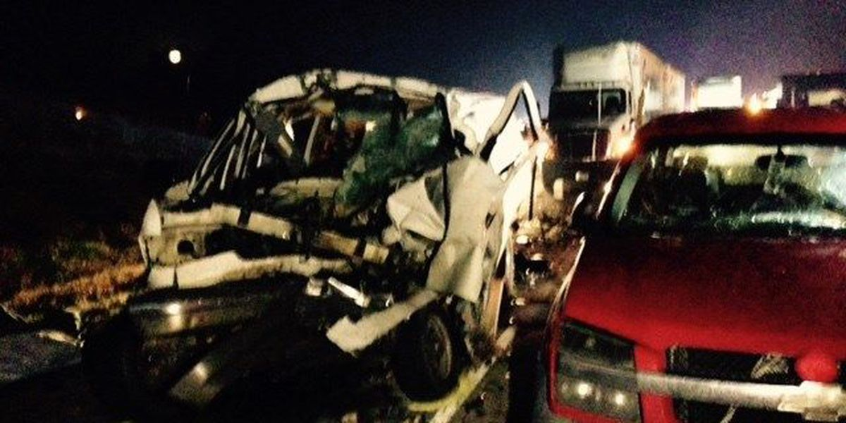 Multiple deaths reported in 9-car crash in SW AR. Live coverage on GMR8.