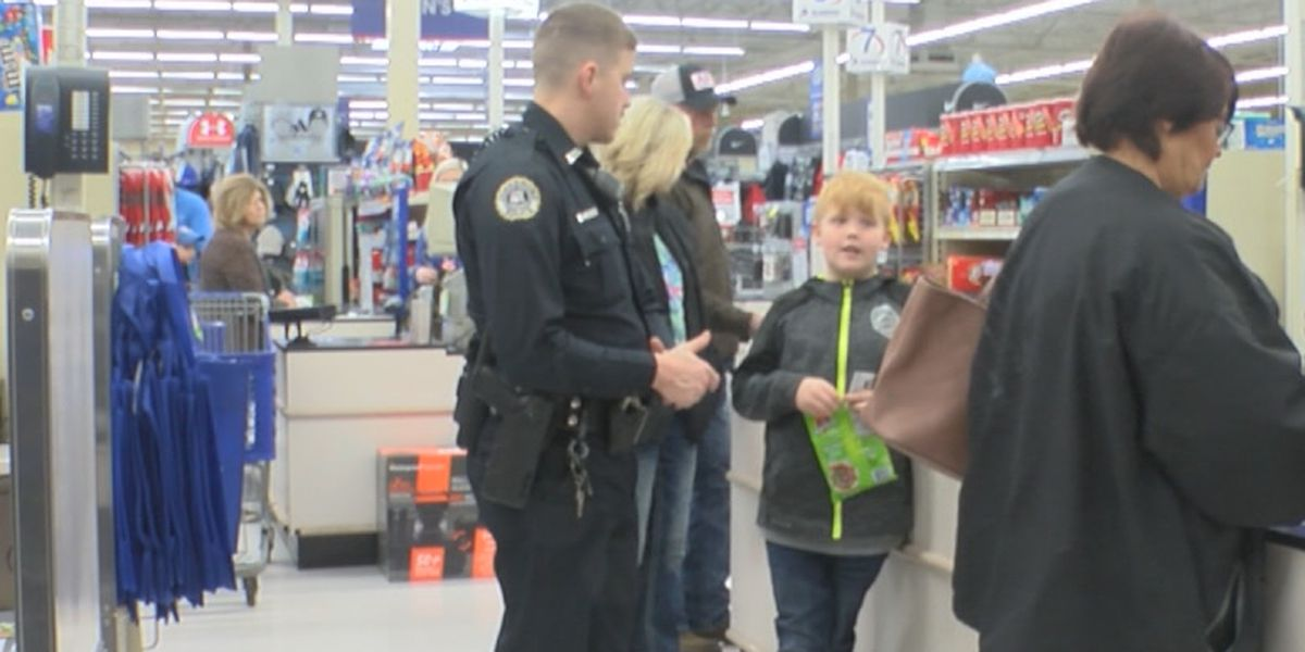 Shop with a Cop builds bond between young kids and police