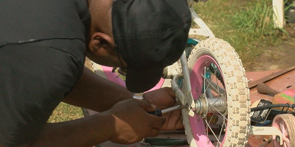 Osceola man restores bikes for children
