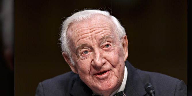 Long-time Supreme Court Justice John Paul Stevens passes away at 99