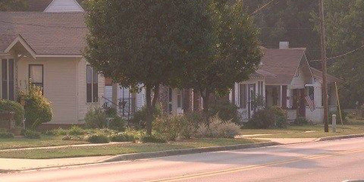 City planner proposes changes to sidewalk, zoning ordinances