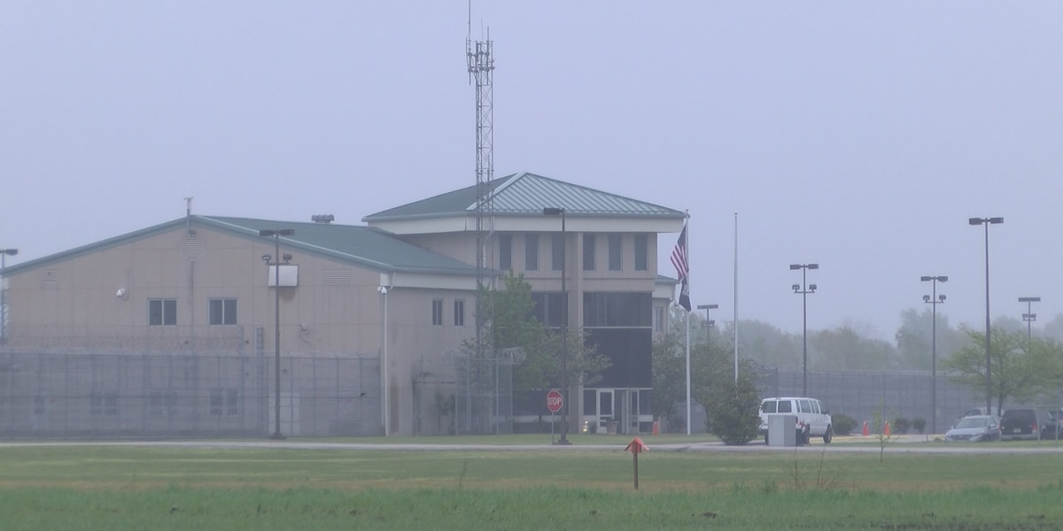 29 inmates, 3 employees tested positive for COVID-19 at Southeast Correctional Center