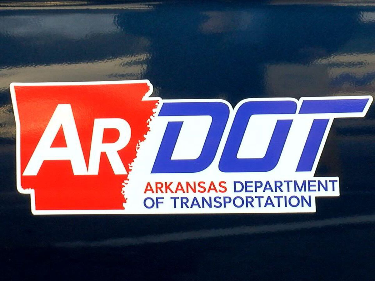 'True Grit Trail' signs unveiled along Arkansas highway