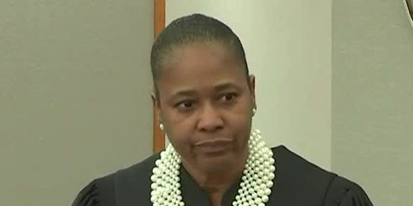 Watch judge's reaction when she learns about DA's possible gag order breach in ex-Dallas officer's trial for murder