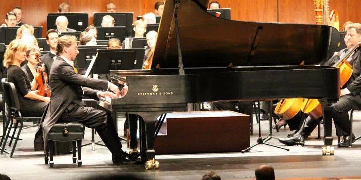 Concert pianist provides workshop for Region 8 students