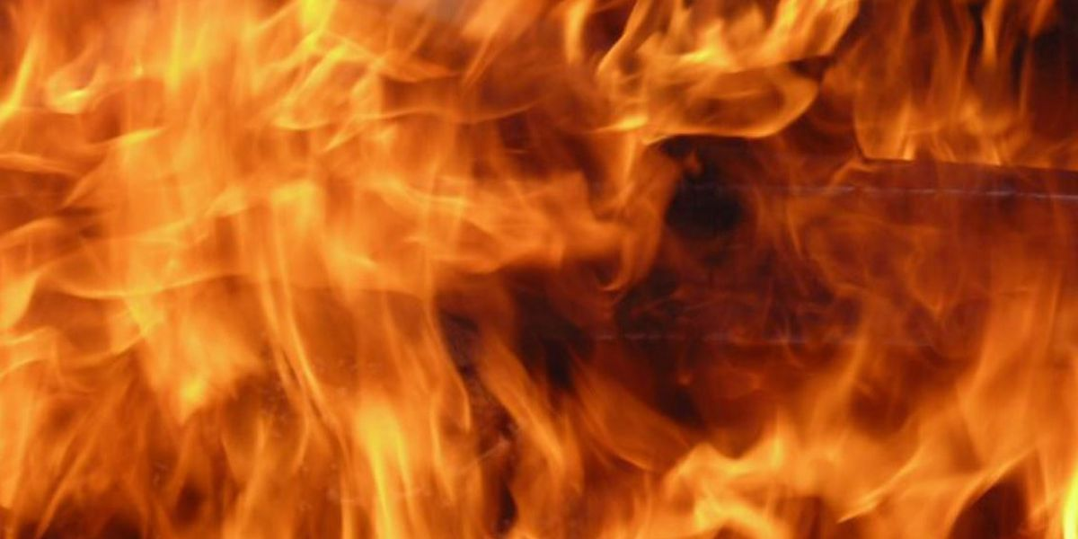 Multiple storage units catch fire in Batesville