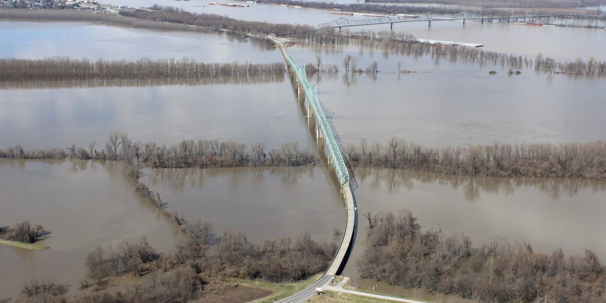 Aerial photos show the scope of recent flooding in southern IL