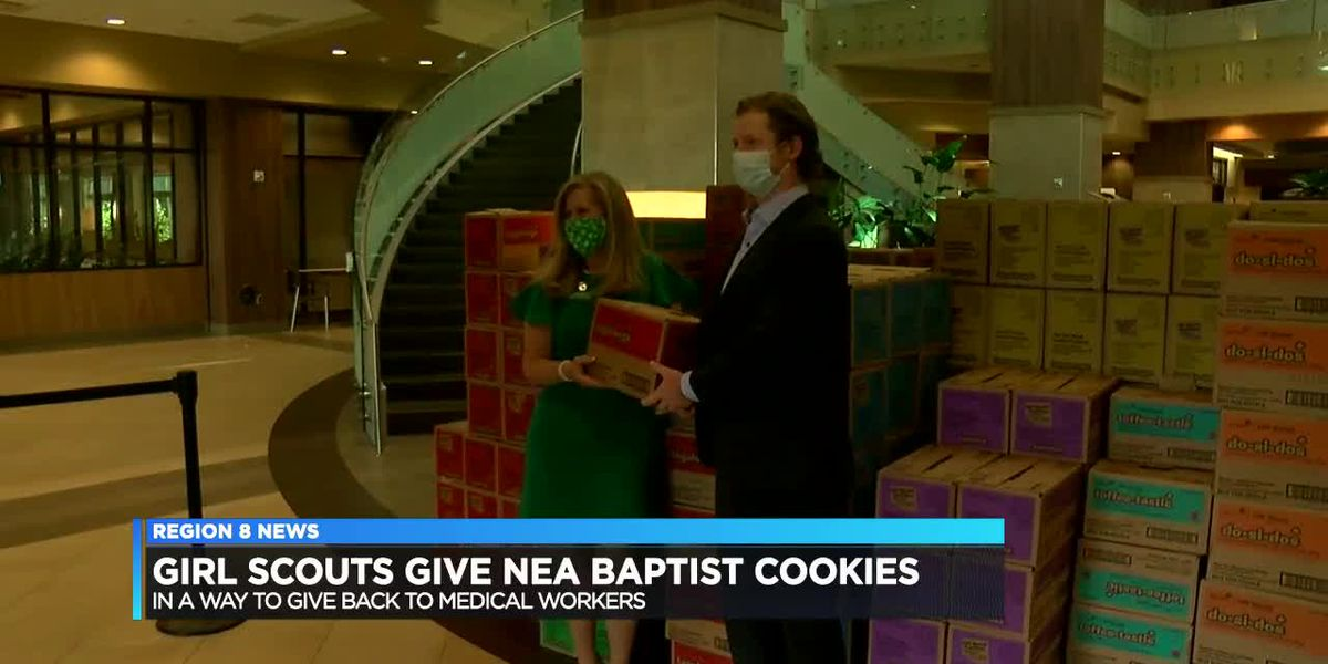 Girl Scouts thank healthcare workers with tasty treats