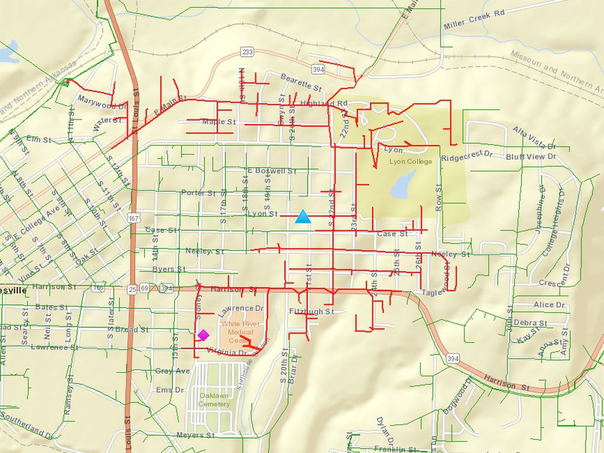 Vehicle hits Entergy equipment cutting power to 675 customers