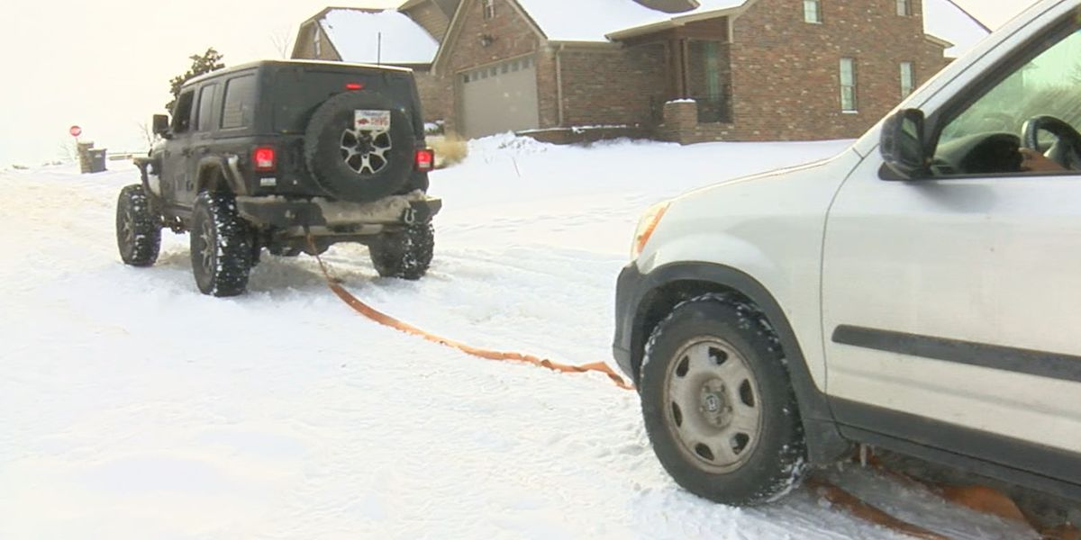 NEA Jeep Club helps others stuck in snow