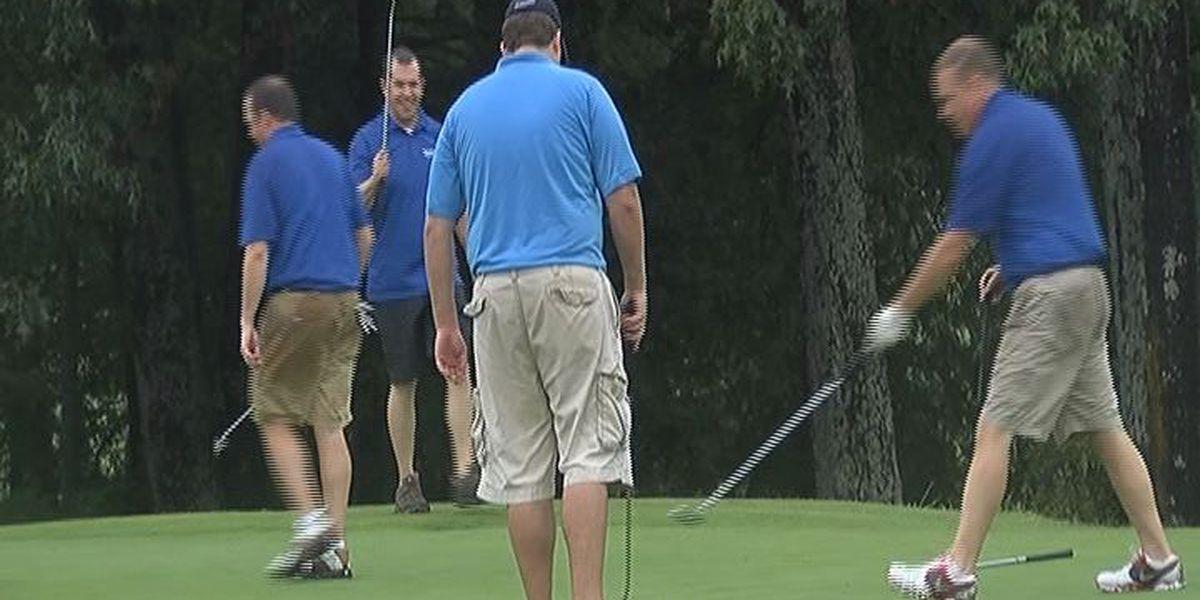 Golfers swing for healthcare in Region 8