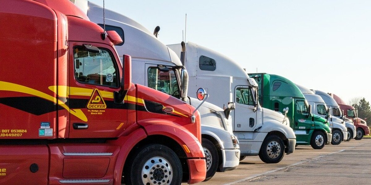 Arkansas first in nation to provide masks to truckers
